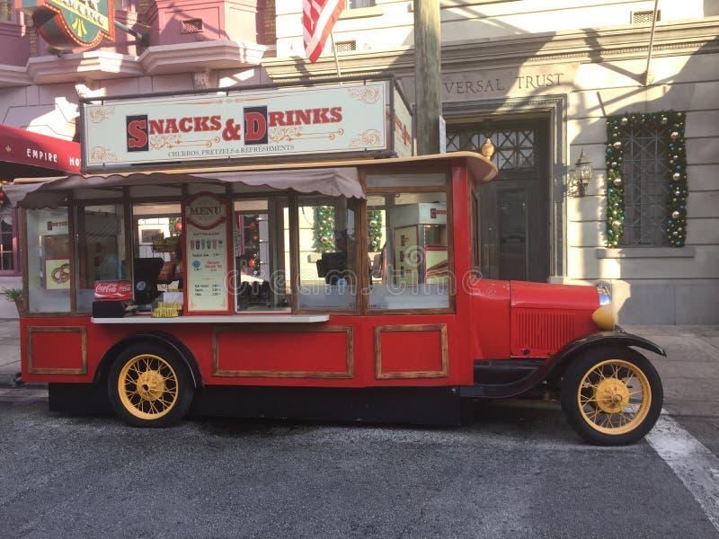 Camión del bocado del vintage en los estudios universales Orlando imagenes de archivo