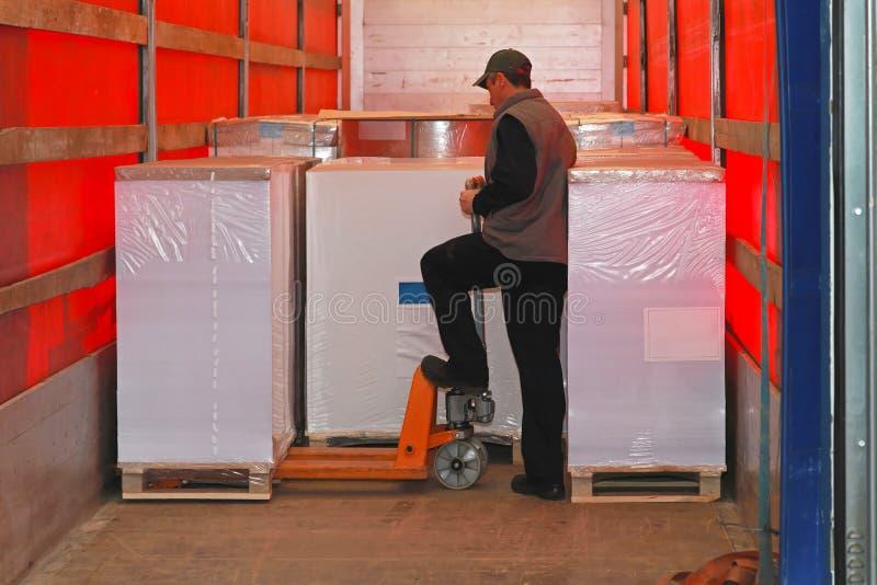 Camión del cargamento imagen de archivo