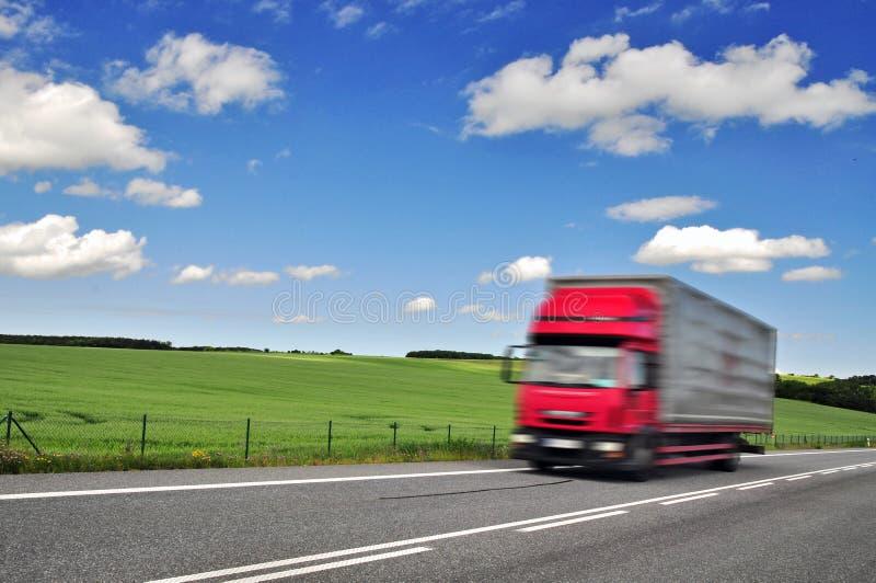 Camión del envío del envío imagenes de archivo