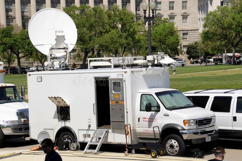 Camión por satélite de CNN TV fotografía de archivo libre de regalías