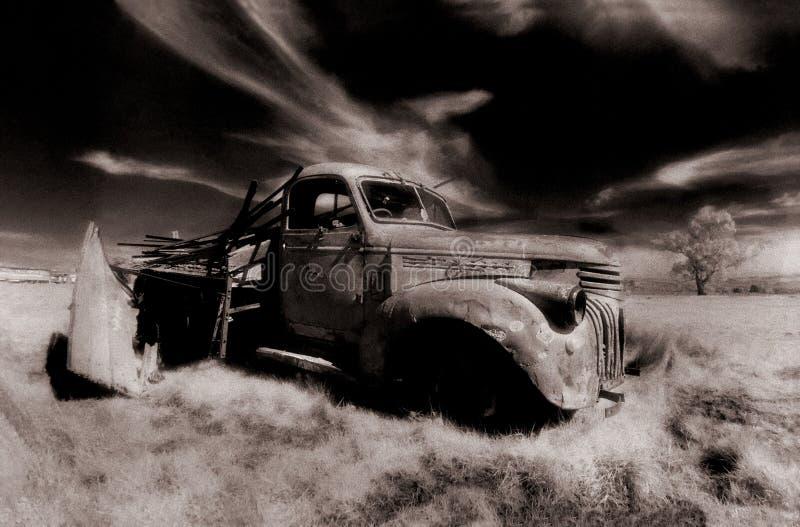 Camión viejo imagen de archivo