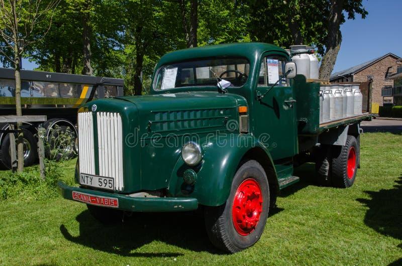 Camión viejo del contador de tiempo de Scania Vabis foto de archivo libre de regalías