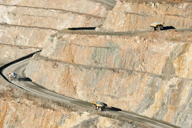 Camión volquete de la explotación minera imágenes de archivo libres de regalías
