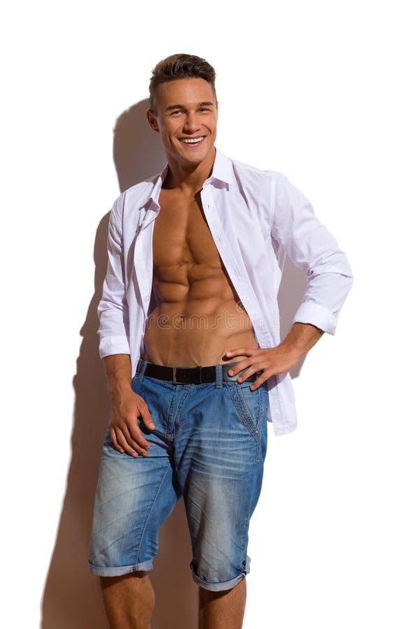 Camicia bella felice di In White Unbuttoned del modello di misura fotografia stock
