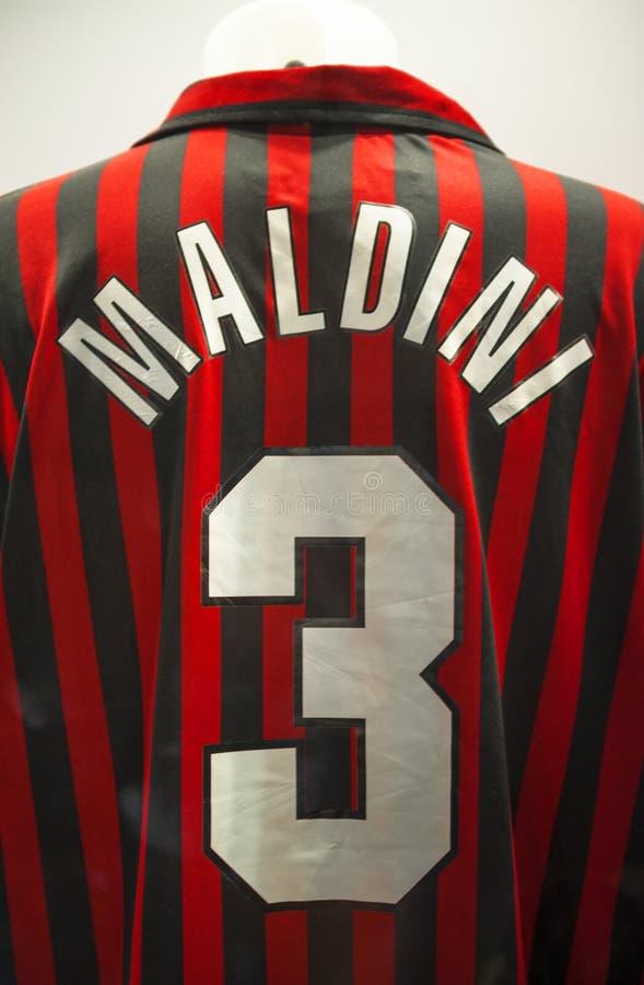 Camicia di Paola Maldini nel museo di San Siro immagine stock