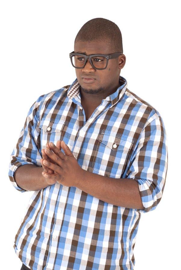 Camicia e vetri di plaid d'uso dell'uomo di colore fotografia stock
