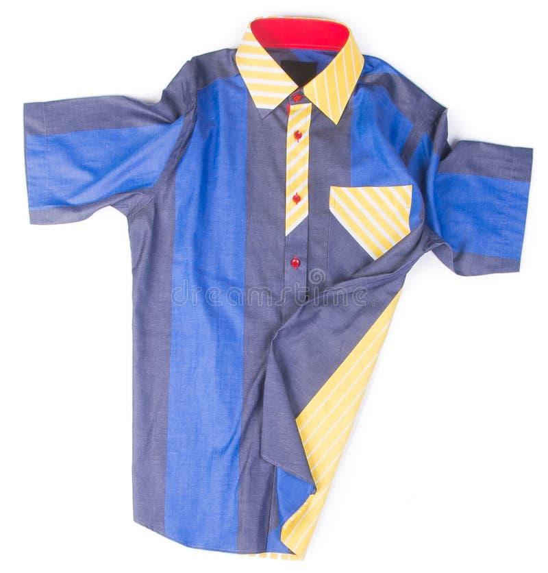 camicie camice di modo degli uomini su fondo fotografia stock