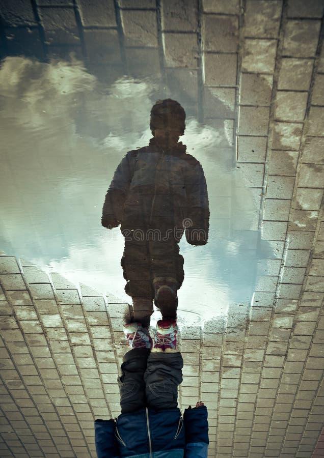 Caminando el cielo imagenes de archivo