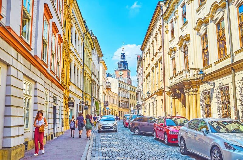 Caminando en Kraków, Polonia imagen de archivo