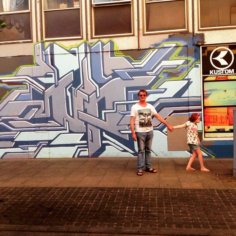Caminando las calles foto de archivo