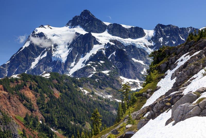 Caminar al artista Point Glaciers Mount Shuksan Washington de los campos de nieve fotos de archivo