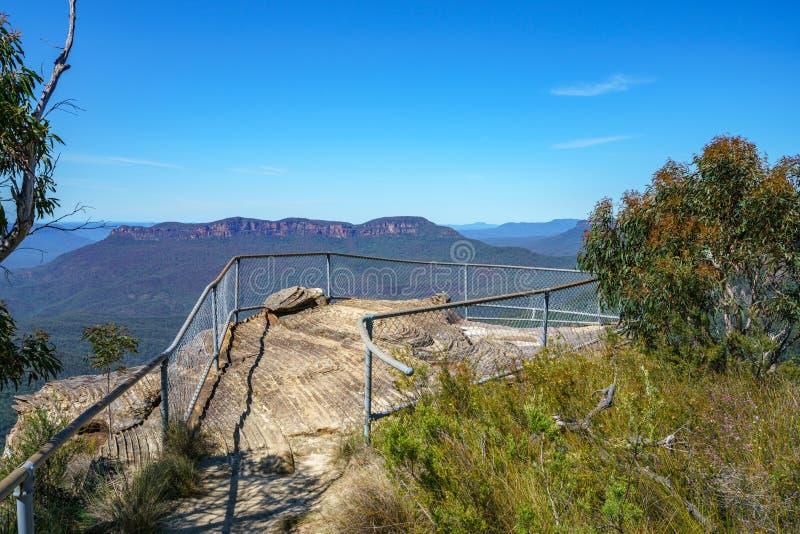 Caminar el paseo del acantilado del Henrio del príncipe, montañas azules, Australia 14 imágenes de archivo libres de regalías