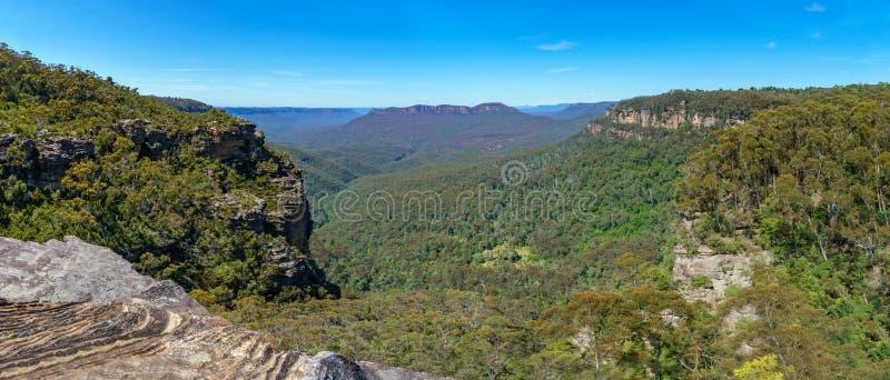 Caminar el paseo del acantilado del Henrio del príncipe, montañas azules, Australia 28 fotos de archivo libres de regalías