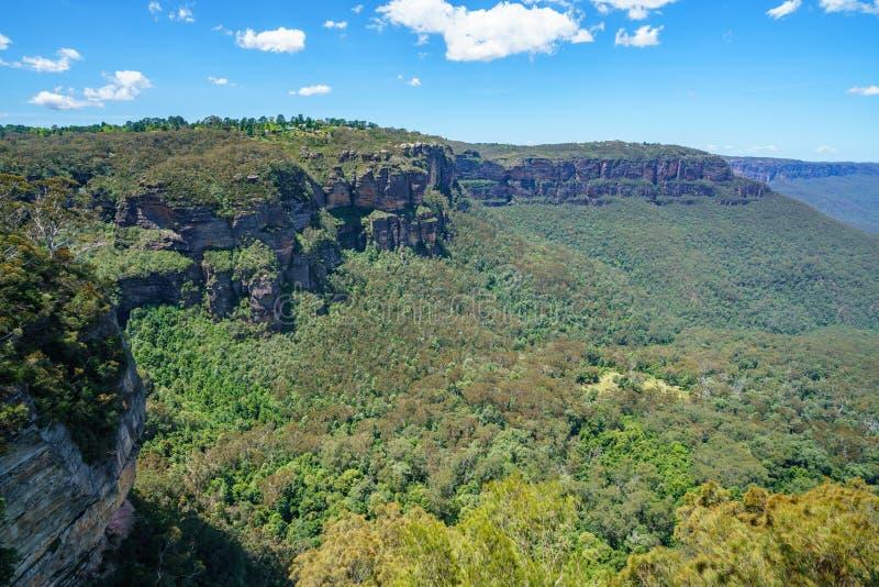 Caminar el paseo del acantilado del Henrio del príncipe, montañas azules, Australia 53 fotos de archivo
