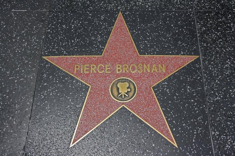 Caminata de la fama - Pierce Brosnan de Hollywood fotografía de archivo