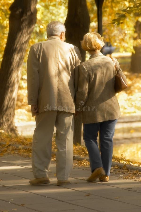 Caminata del otoño imágenes de archivo libres de regalías