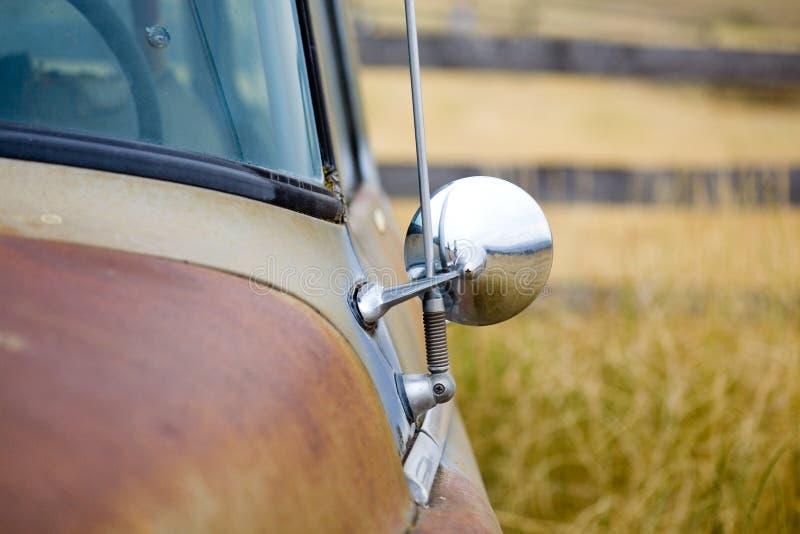 Caminhão aposentado imagens de stock