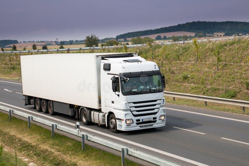 Caminhão branco imagens de stock