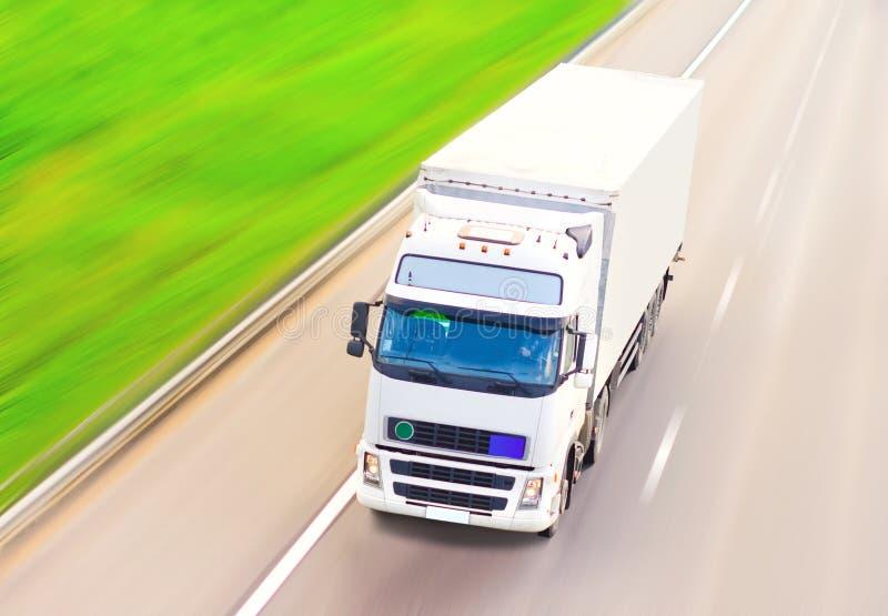 Caminhão branco anúncio-pronto em branco imagem de stock royalty free