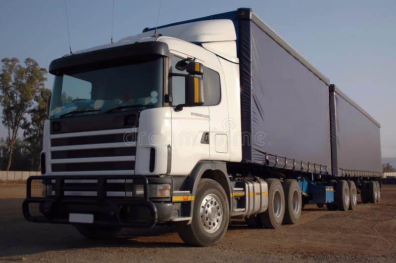 Caminhão da carga imagens de stock royalty free