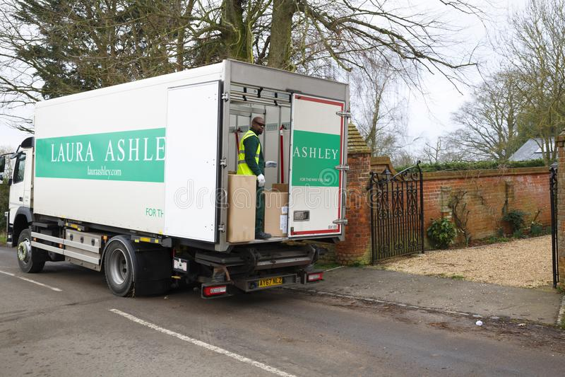 Caminhão da entrega de Laura Ashley foto de stock