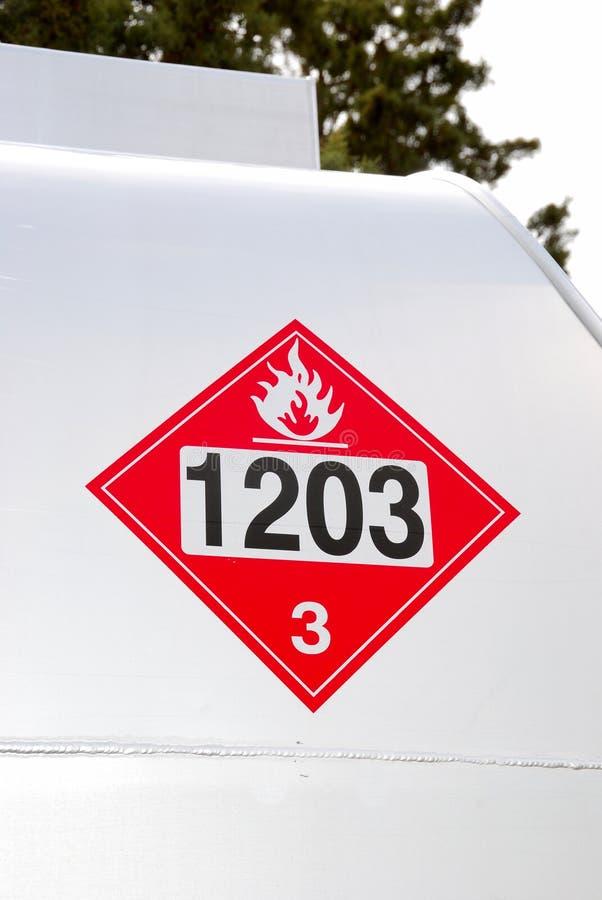 Caminhão de combustível imagens de stock royalty free