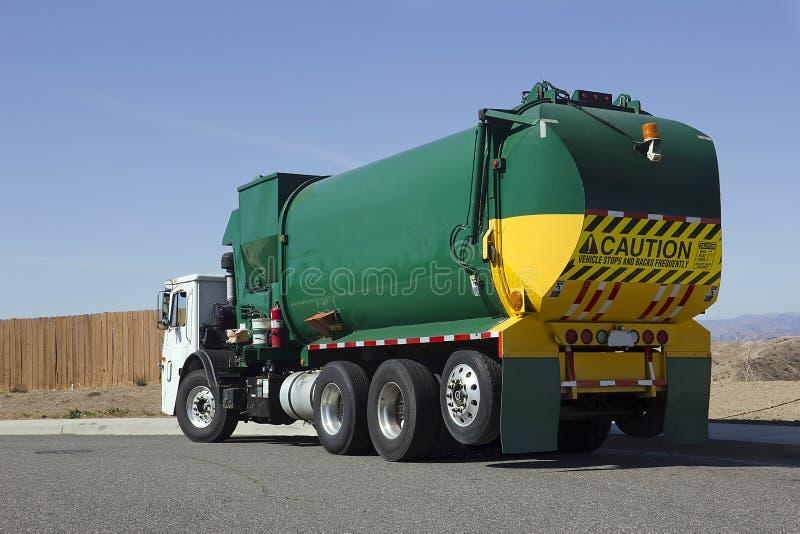 Caminhão de lixo fotografia de stock royalty free