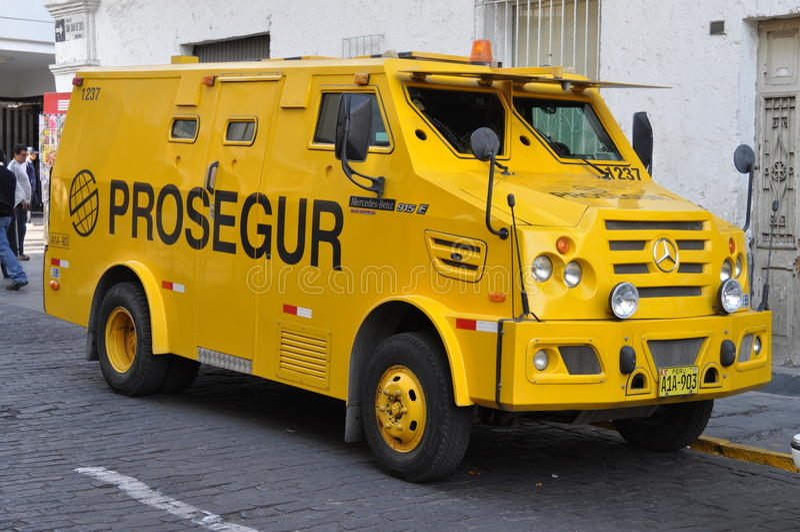 Caminhão de Mercedes à prova de balas foto de stock