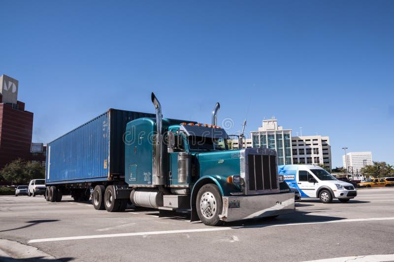 Caminhão de Peterbilt em Miami foto de stock