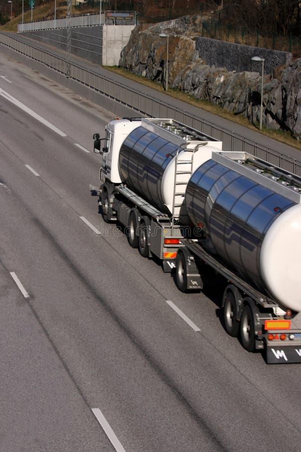Caminhão de petroleiro imagens de stock