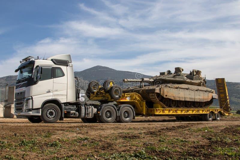 Caminhão de transporte pesado fotos de stock
