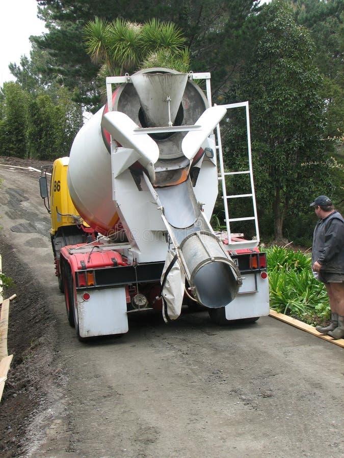 Caminhão do cimento imagens de stock