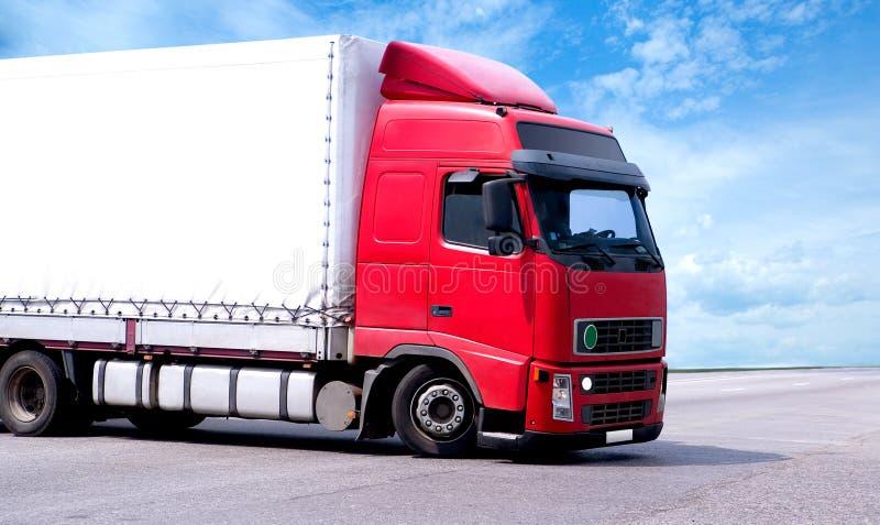 Caminhão do Semi-trailer imagem de stock