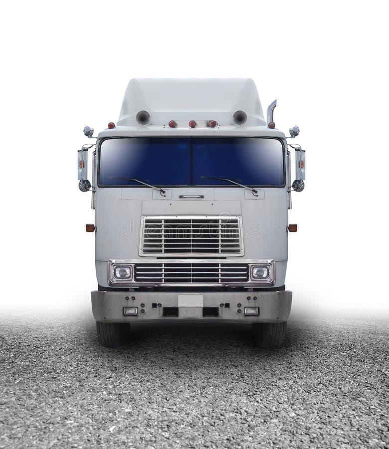 Caminhão do transporte que viaja na estrada fotografia de stock royalty free