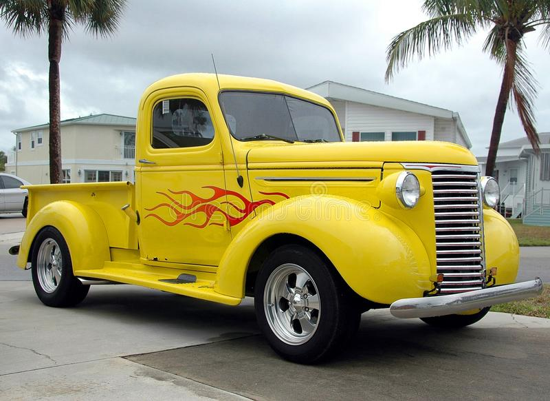 Caminhão do vintage imagem de stock