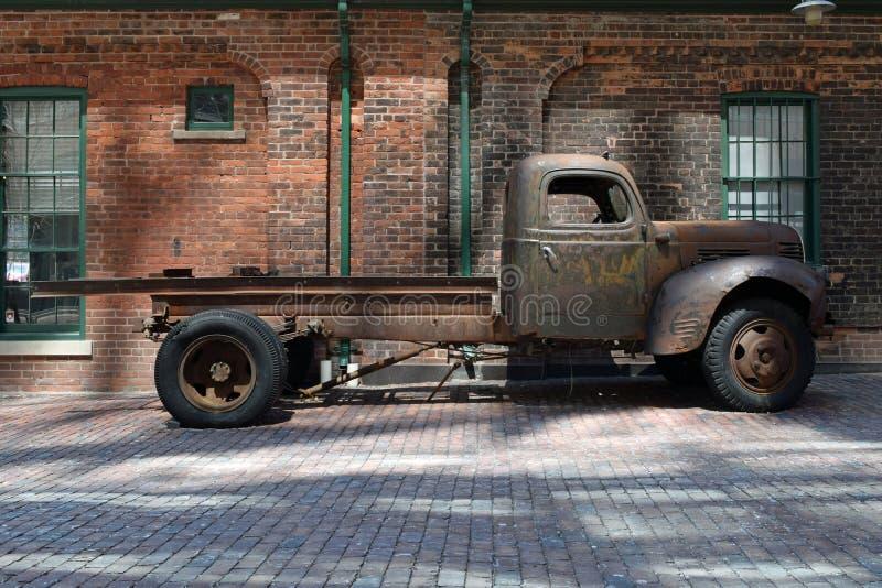 Caminhão do vintage, distrito da destilaria, Toronto, Canadá imagens de stock royalty free