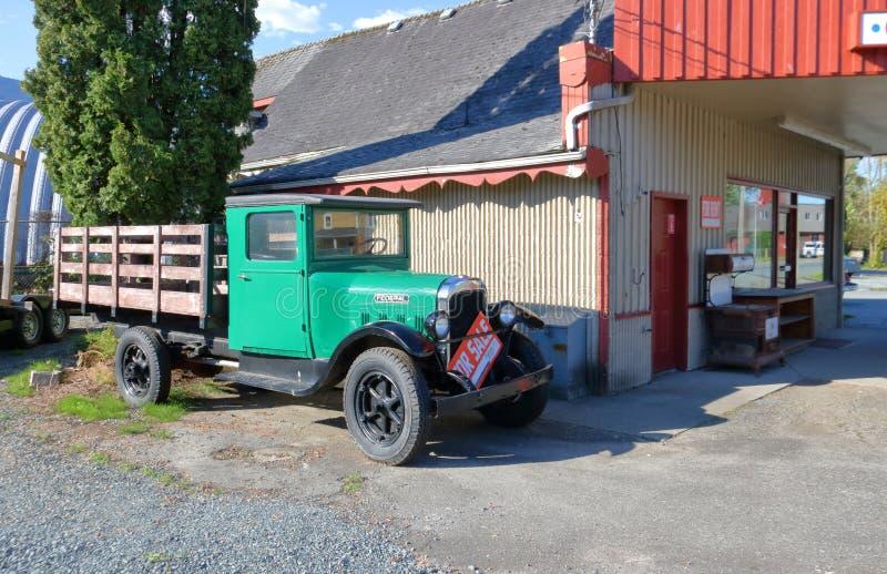 Caminhão 1928 federal de Chevrolet da antiguidade foto de stock