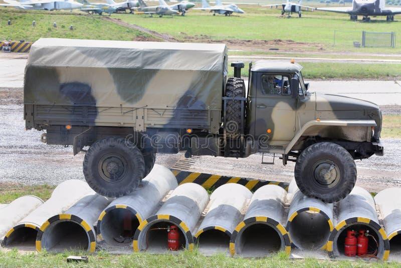Caminhão militar de URAL em demonstrações da técnica imagens de stock royalty free