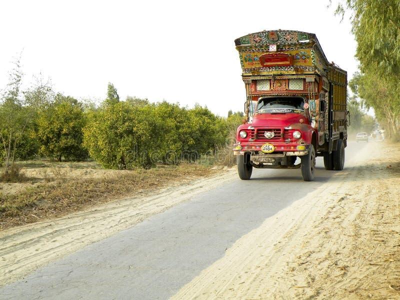 Caminhão velho decorativo imagens de stock