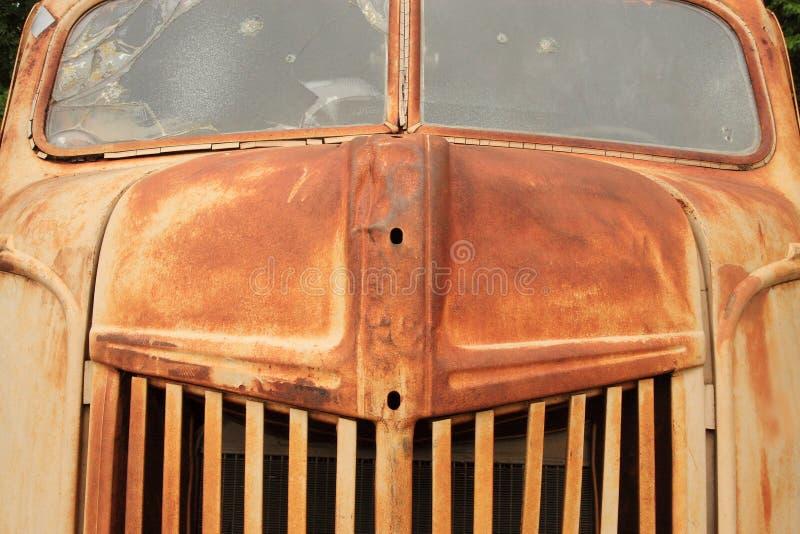 Caminhão velho grande foto de stock