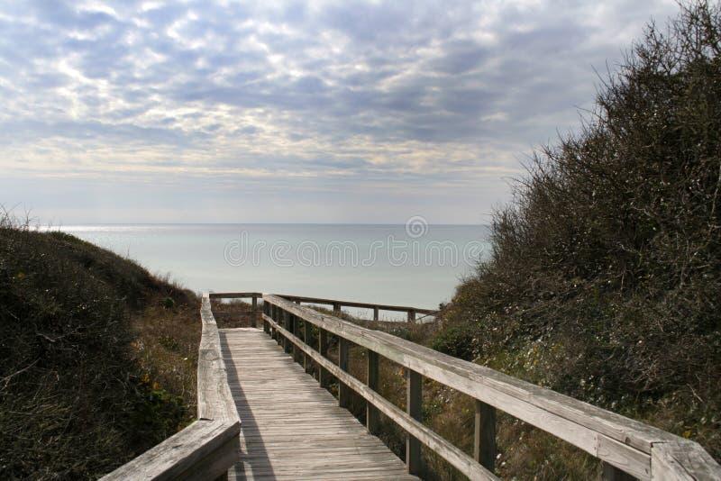 Download Caminhada foto de stock. Imagem de placas, caminhada, arborizado - 539064