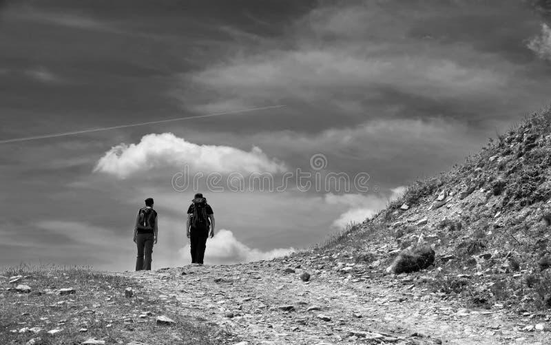 Caminhada agradável na montanha foto de stock