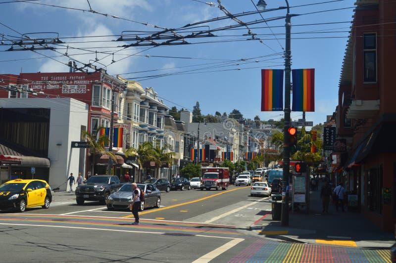 Caminhada através das ruas da vizinhança de San Francisco We Find The Castro Feriados Arquitecture do curso fotos de stock royalty free
