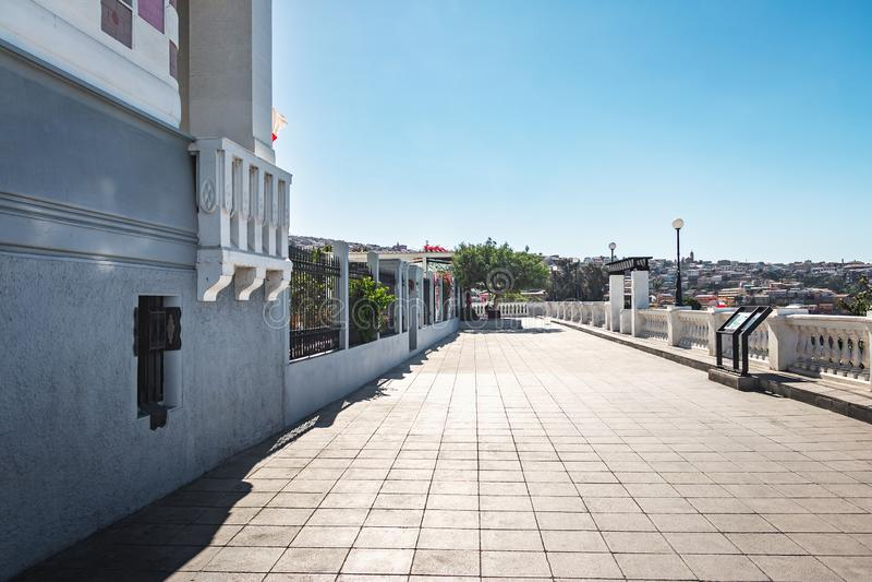 Caminhada de Paseo Yugoslavo em Cerro Concepción - Valparaiso, o Chile imagem de stock