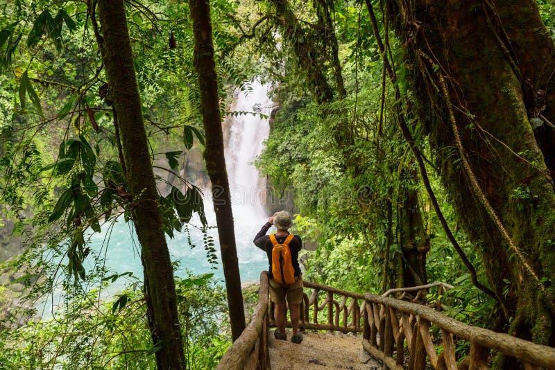 Caminhada em Costa Rica foto de stock