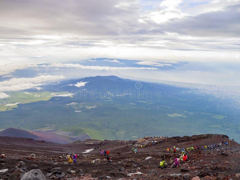 Caminhada no Monte Fuji famoso imagens de stock