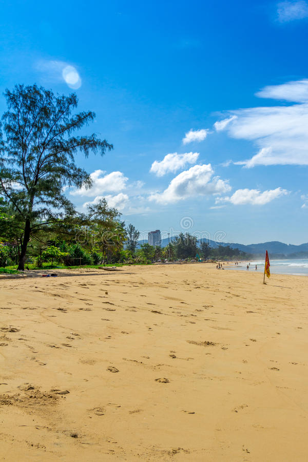 Caminhada sentimental ao longo da praia fotografia de stock royalty free