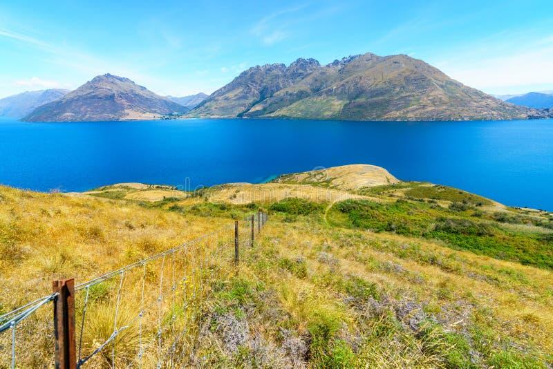 Caminhando jaques aponte a trilha, vista do wakatipu do lago, queenstown, Nova Zelândia 3 fotos de stock