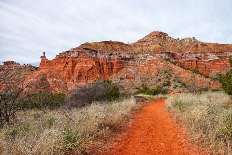 Caminhando o trajeto em Palo Duro Canyon Texas foto de stock royalty free