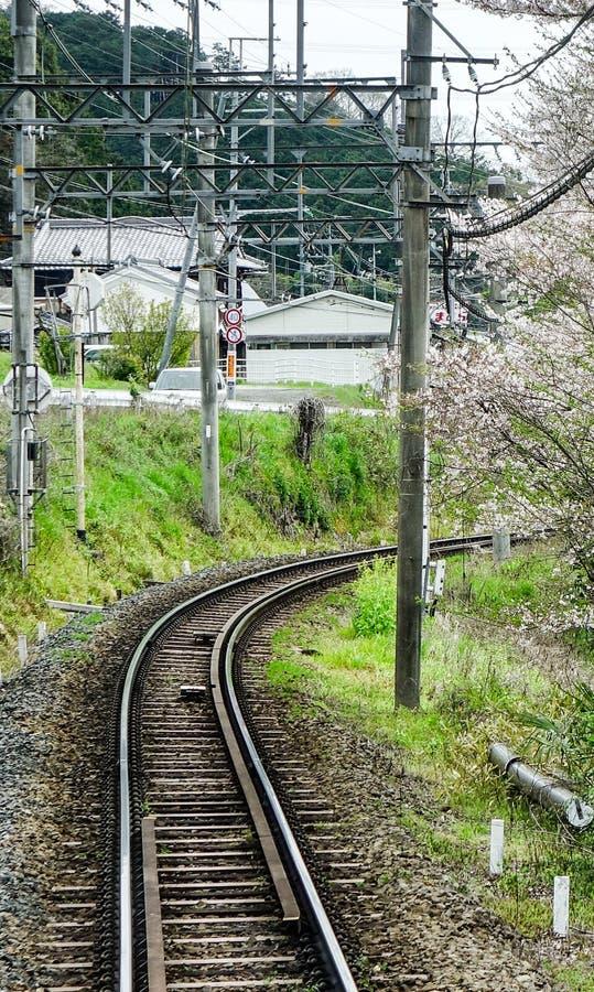 Caminhos de ferro no campo de Osaka, Japão fotografia de stock